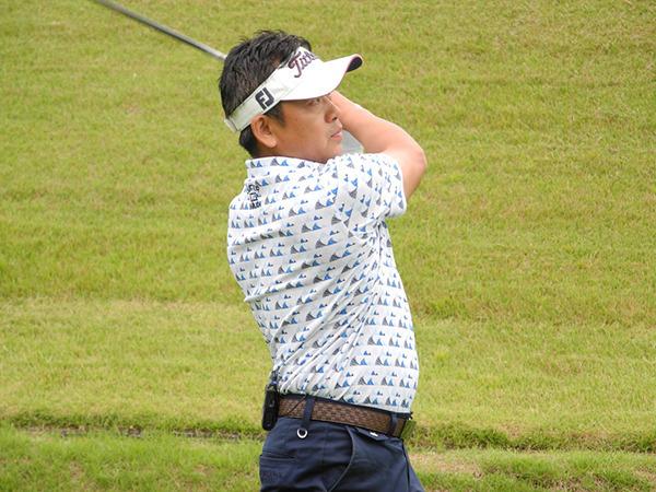 牧野裕のEnjoy Golf~ラフの逆目のショートアプローチについて