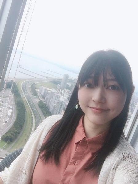 長弘翔子のコラム&短歌⑧「海浜幕張:ビュッフェレストラン」