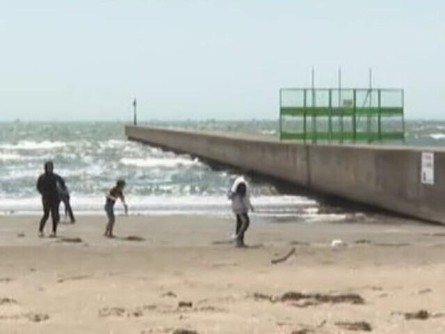 遊泳禁止「幕張の浜」で突堤から海に飛び込み遊び 船橋市の19歳男性死亡