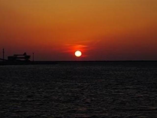 「初日の出」を鴨川で楽しもう!新年を祝うイベント開催